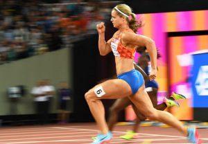 Wereldkampioene Dafne Schippers ondervindt extreem hoge belasting op de  22,05s durende  200m sprint. Endurance vermoeiing speelt hier geen rol. Foto: https://www.15min.lt/sportas